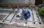 Сварочные работы, выставление опор, лаг, сборка каркаса для укладки террасной доски.